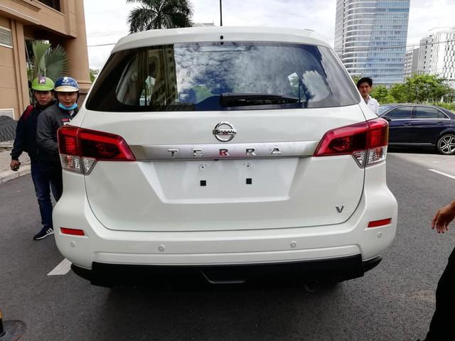 SUV 7 chỗ Nissan Terra lộ ảnh nóng tại Việt Nam, cạnh tranh Toyota Fortuner - Ảnh 3.