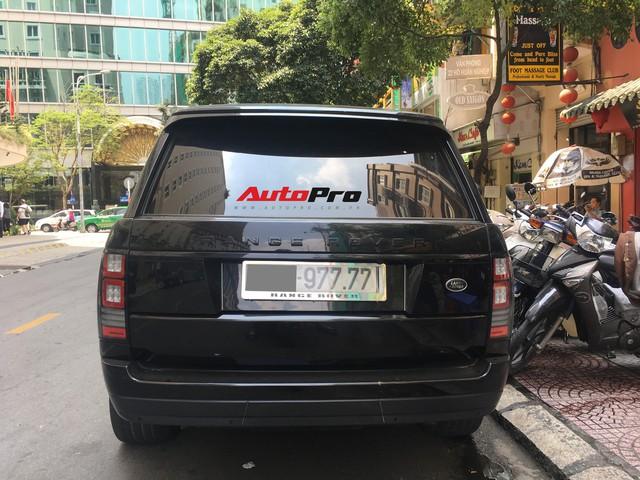 Range Rover Autobiography của đại gia Sài Gòn đen từ đầu đến chân đeo biển tứ quý 7 - Ảnh 8.