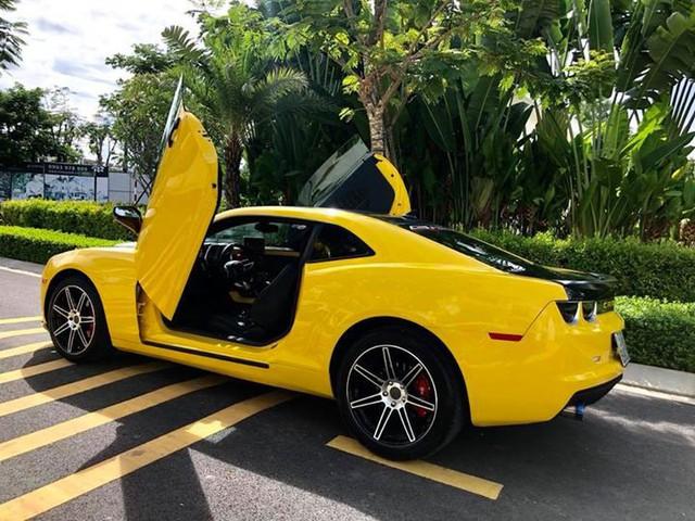 Chevrolet Camaro cũ độ cửa Lamborghini nhưng có giá ngang Toyota Camry - Ảnh 2.