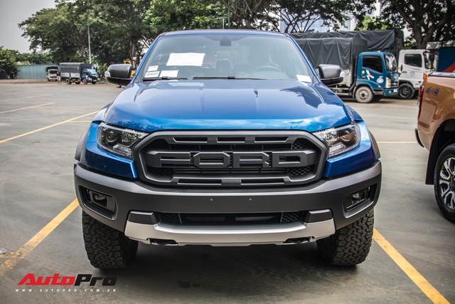 Hàng nóng Ford Ranger Raptor lộ diện trước ngày ra mắt tại Việt Nam - Ảnh 2.