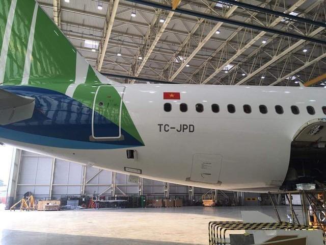 Đây là máy bay Bamboo Airways ngoài đời thực, chuẩn bị về Việt Nam để phục vụ hành khách - Ảnh 4.