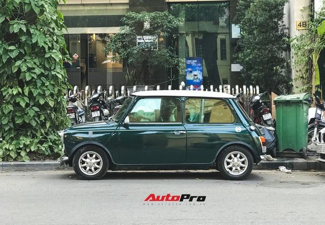Mini cổ của Mr.Bean xuất hiện trên đường phố Việt - Ảnh 6.