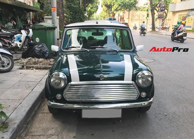 Mini cổ của Mr.Bean xuất hiện trên đường phố Việt - Ảnh 3.