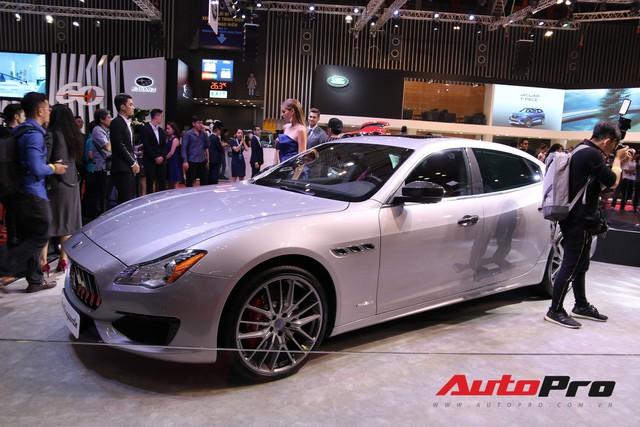 Gian hàng Maserati tại Triển lãm ô tô Việt Nam 2018: Khi sự sang trọng kết hợp yếu tố thể thao - Ảnh 5.