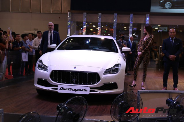 Gian hàng Maserati tại Triển lãm ô tô Việt Nam 2018: Khi sự sang trọng kết hợp yếu tố thể thao - Ảnh 6.