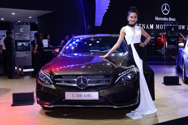 Gian hàng rộng nhất Triển lãm Ô tô Việt Nam 2018 của Mercedes-Benz có gì thú vị? - Ảnh 5.