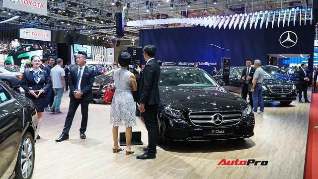 Gian hàng rộng nhất Triển lãm Ô tô Việt Nam 2018 của Mercedes-Benz có gì thú vị? - Ảnh 6.