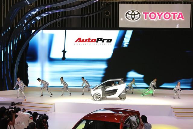Gian hàng Toyota tại Triển lãm Ô tô Việt Nam 2018 có gì làm điểm nhấn? - Ảnh 2.