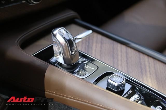 Cận cảnh Volvo XC90 Excellence - Bản nâng cấp đáng giá của mẫu SUV an toàn nhất thế giới - Ảnh 7.