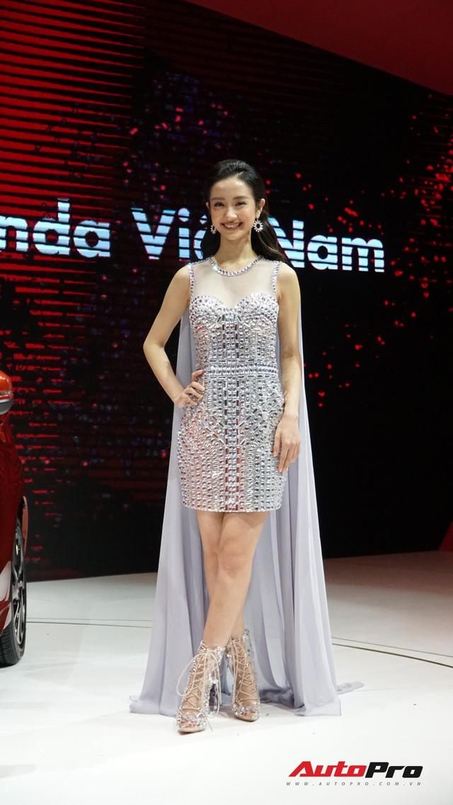 Hồ Ngọc Hà, Hồng Đăng, H'Hen Niê và hàng loạt sao Việt bên dàn xe khủng tại VMS 2018 - Ảnh 5.