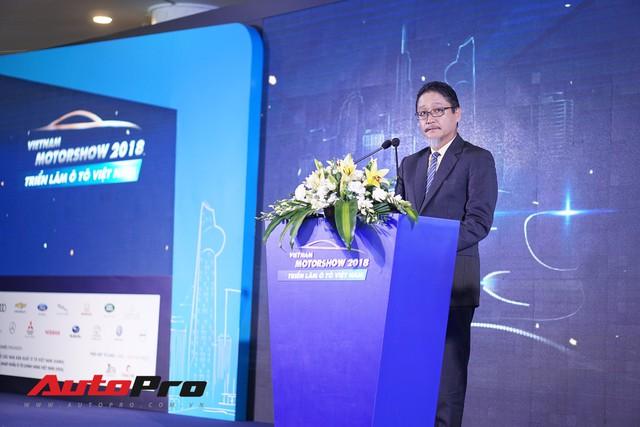 Sân chơi nội địa lớn nhất năm Triển lãm ô tô Việt Nam 2018 chính thức khai mạc - Ảnh 1.