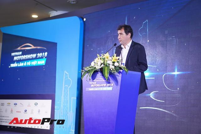 Sân chơi nội địa lớn nhất năm Triển lãm ô tô Việt Nam 2018 chính thức khai mạc - Ảnh 2.