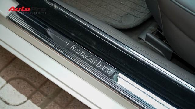 Mercedes-Benz CLS 300 cũ bán lại hơn 800 triệu đồng - Khi dân chơi có giá dân thường - Ảnh 7.