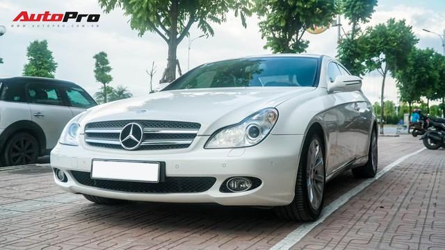 Mercedes-Benz CLS 300 cũ bán lại hơn 800 triệu đồng - Khi dân chơi có giá dân thường - Ảnh 19.