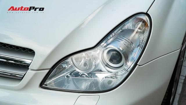 Mercedes-Benz CLS 300 cũ bán lại hơn 800 triệu đồng - Khi dân chơi có giá dân thường - Ảnh 2.