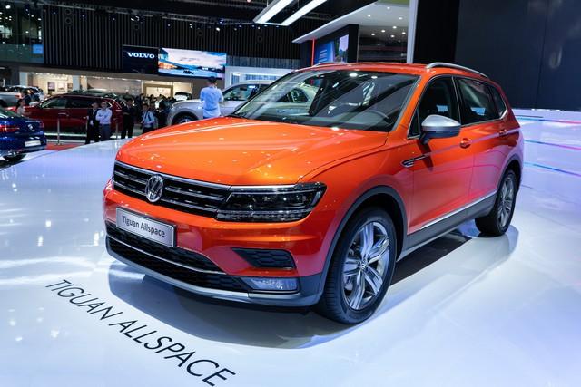 Không phải Touareg, Tiguan Allspace mới là mẫu xe chủ lực của VW tại Việt Nam - Ảnh 1.