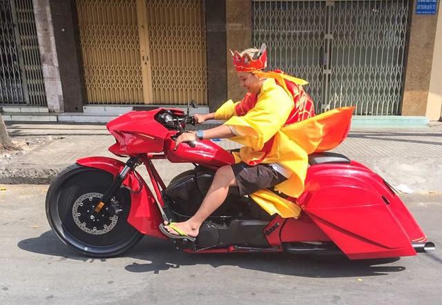 Dân chơi khét tiếng Việt Nam tổ chức đám cưới quy tụ toàn xe khủng - Ảnh 1.