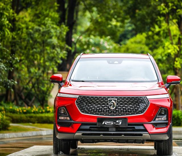 Hết nhái thiết kế, đối tác Trung Quốc của GM ra mắt xe mới nhái tên Audi - Ảnh 1.