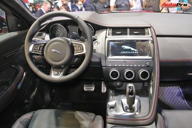 Giá từ gần 3 tỷ đồng, Jaguar E-PACE cạnh tranh sòng phẳng Porsche Macan tại Việt Nam - Ảnh 4.