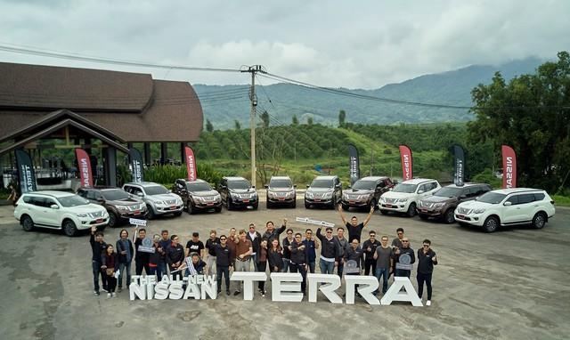 Lái thử Nissan Terra: SUV 7 chỗ sáng giá trong nhóm không phải Fortuner - Ảnh 14.