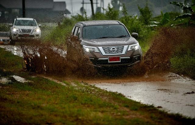 Lái thử Nissan Terra: SUV 7 chỗ sáng giá trong nhóm không phải Fortuner - Ảnh 12.