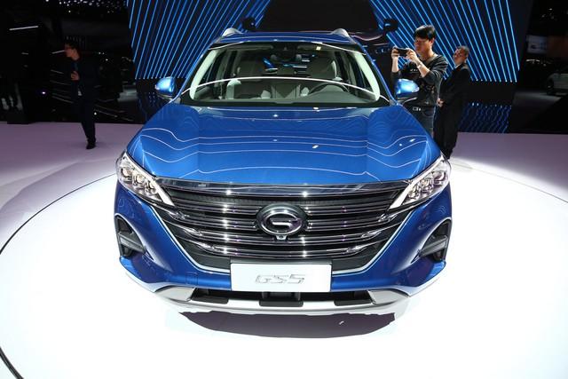 GAC GS5 - SUV Trung Quốc thiết kế sang chảnh cho người có hầu bao eo hẹp - Ảnh 1.