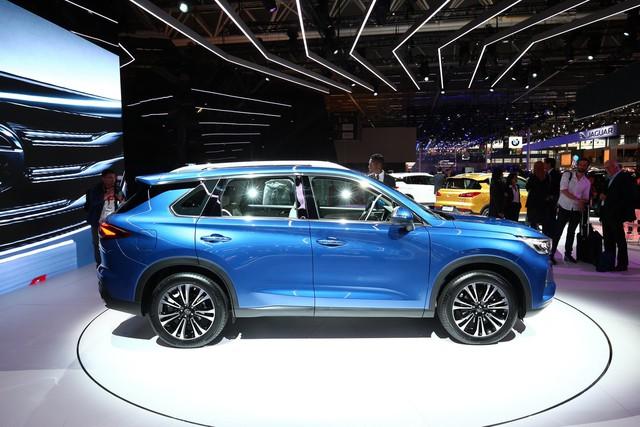 GAC GS5 - SUV Trung Quốc thiết kế sang chảnh cho người có hầu bao eo hẹp - Ảnh 3.