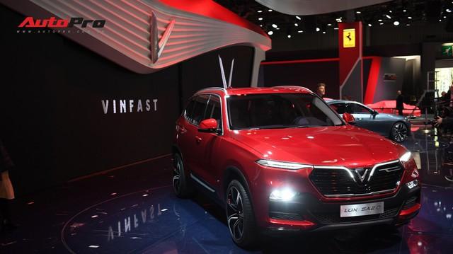 Giáo sư Xoay: Bạn tôi nhờ đặt xe VinFast, có khả năng tôi đặt hàng mẫu xe Beckham đã xem