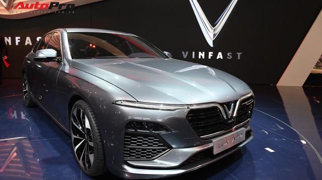 Báo Đức tiết lộ chi tiết sức mạnh xe VinFast: Tăng tốc lên 100km/h trong chưa đầy 9 giây