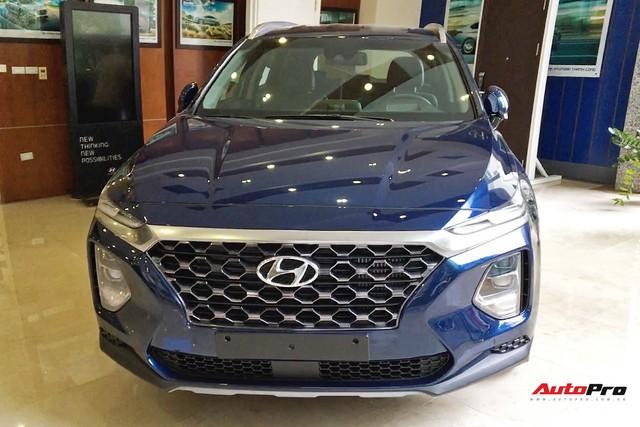 Hyundai Santa Fe 2019 rục rịch ra đại lý, giá tạm tính từ 1,1 tỷ đồng - Ảnh 1.
