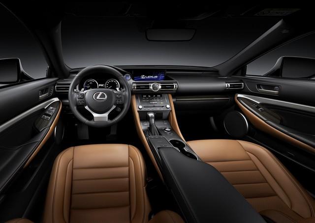 Lexus RC tiếp tục được trẻ hóa, cạnh tranh Mercedes-Benz C-Class Coupe - Ảnh 3.