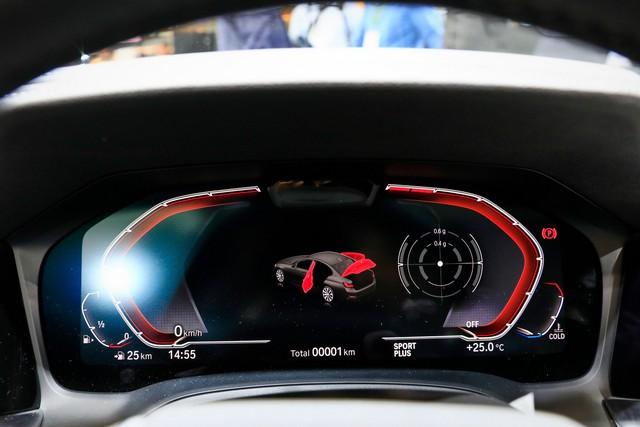 Mải mê VinFast nhưng đừng quên BMW 3-Series 2019 cũng ra mắt cách đó không xa - Ảnh 6.