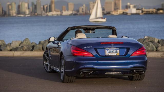 Mercedes-Benz SL thế hệ mới chốt lịch ra mắt với công nghệ mới đi kèm
