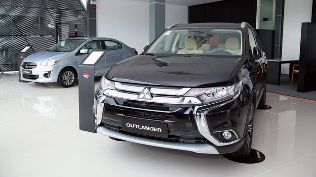 Bảng giá xe Mitsubishi tháng 10/2018