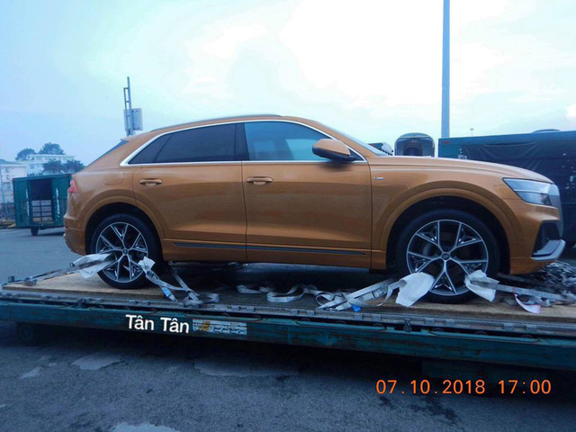 Audi Q8 bất ngờ xuất hiện tại cảng Việt Nam, sẵn sàng cho ngày ra mắt - Ảnh 2.