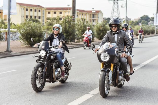 500 quý ông, quý bà biker cùng 400 mô tô khuấy động Hà Nội - Ảnh 11.