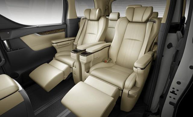 Chuyên cơ mặt đất Toyota Alphard nâng cấp tại Việt Nam, giá tăng hơn 500 triệu đồng - Ảnh 10.