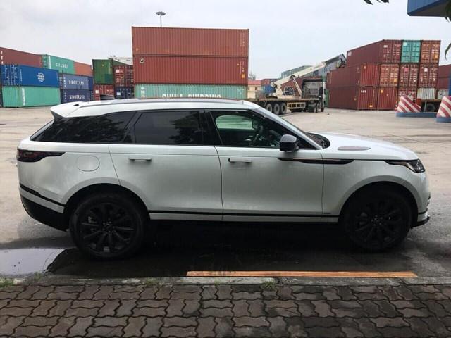 """Range Rover Velar 2018 chính hãng """"ngập kho"""" với đa dạng phiên bản - Ảnh 7."""