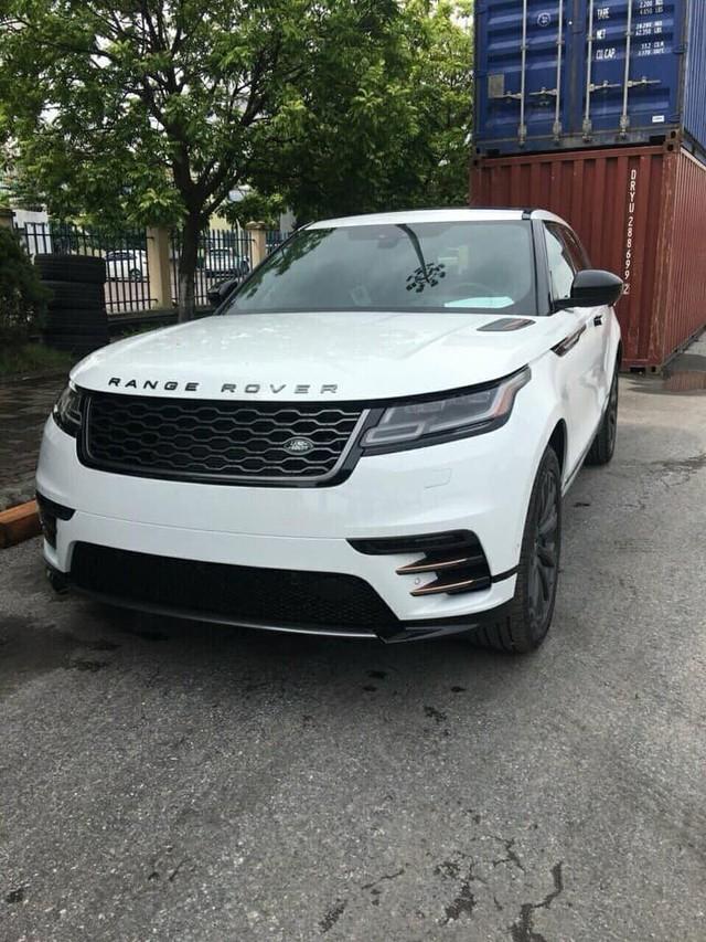 """Range Rover Velar 2018 chính hãng """"ngập kho"""" với đa dạng phiên bản - Ảnh 6."""