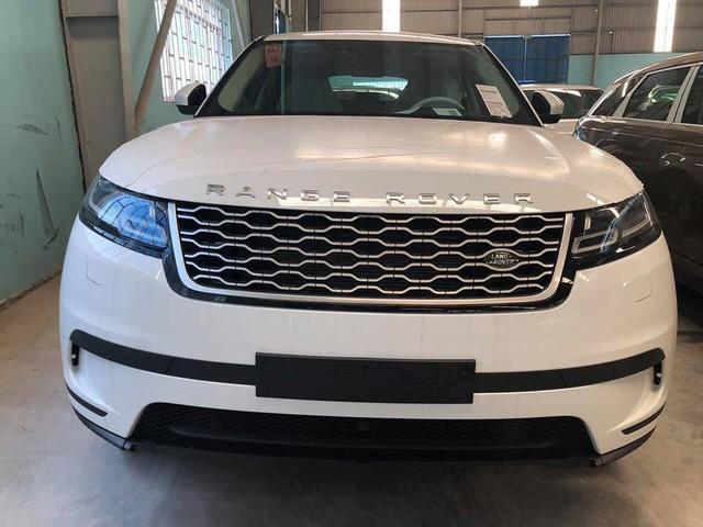 """Range Rover Velar 2018 chính hãng """"ngập kho"""" với đa dạng phiên bản - Ảnh 5."""