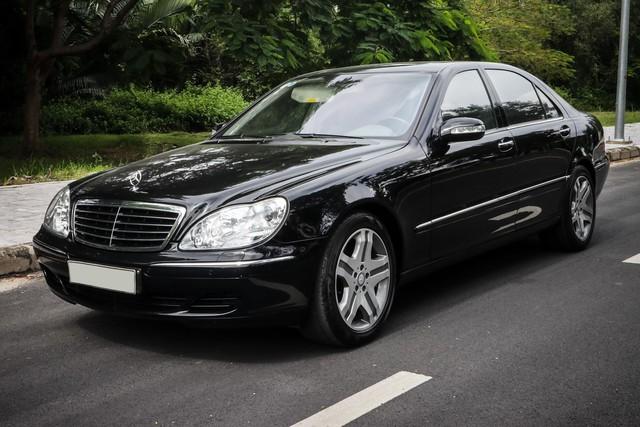 Mercedes-Benz S500 2004 giá 500 triệu đồng - Dùng xe Đức cũ hay xe Hàn mới? - Ảnh 1.