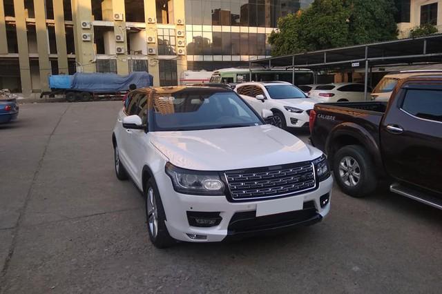 Chiếc Zotye Z8 gặp nạn nát đầu tại Hà Nội khiến nhiều người lầm tưởng Range Rover bạc tỷ - Ảnh 2.
