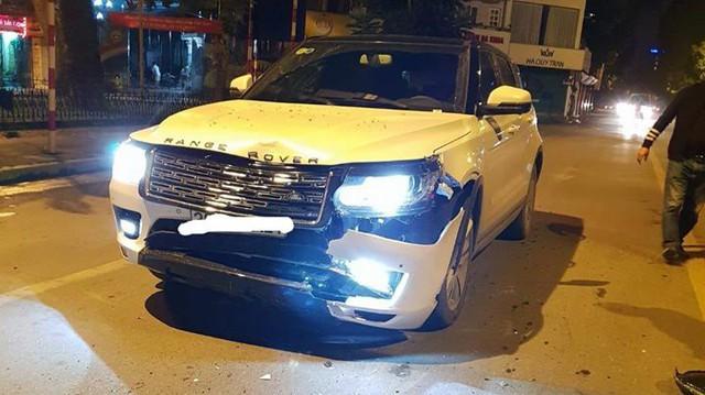 Chiếc Zotye Z8 gặp nạn nát đầu tại Hà Nội khiến nhiều người lầm tưởng Range Rover bạc tỷ