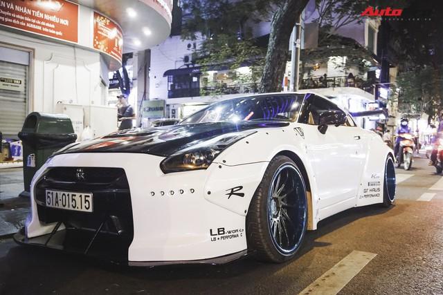 Nissan GT-R độ widebody duy nhất Việt Nam cùng hàng loạt siêu xe độc nhất cùng nhau tụ tập - Ảnh 1.
