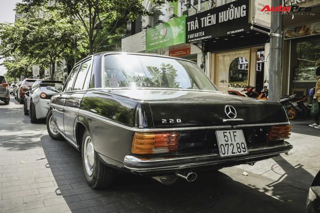 Mercedes-Benz 220 - Hàng hiếm hơn 40 năm tuổi của dân chơi Sài Gòn - Ảnh 5.