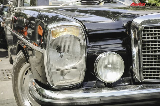 Mercedes-Benz 220 - Hàng hiếm hơn 40 năm tuổi của dân chơi Sài Gòn - Ảnh 2.