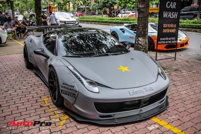 Năm chiếc siêu xe Ferrari rủ nhau đi bão dưỡng tại Sài Gòn - Ảnh 1.