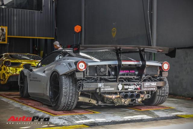Năm chiếc siêu xe Ferrari rủ nhau đi bão dưỡng tại Sài Gòn - Ảnh 3.