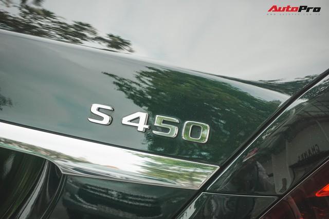 Chiếc Mercedes-Maybach S450 màu xanh diệp lục ngỡ song sinh với xế độc của ca sỹ Bích Phương - Ảnh 2.