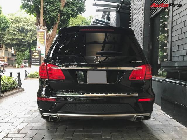 Bắt gặp SUV Mercedes-AMG GL63 duy nhất đang lăn bánh tại Hà Thành - Ảnh 10.